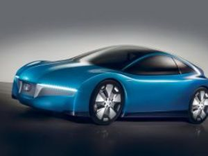 Honda cătreToyota: Prius şi-a găsit naşul!
