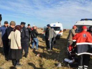 În bătaie au fost implicate în jur de o sută de persoane, încăierarea soldându-se cu 11 răniţi. Foto: Monitorul de Botoşani