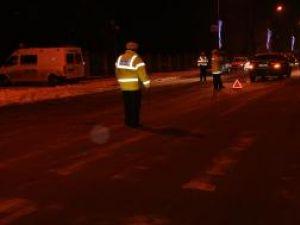 Accidentul s-a petrecut aseară, pe trecerea de pietoni din faţa IPJ Suceava