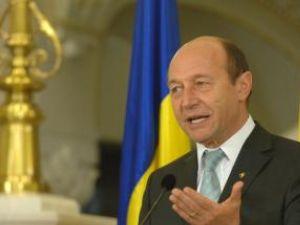 Băsescu: La sfârşitul unui asemenea an nu poţi decât să le mulţumeşti românilor. Foto: Sorin LUPSA