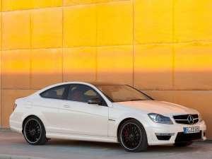 Mercedes dezvăluie noua sportivă C Coupe 63 AMG