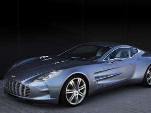 Aston Martin One-77 este gata de lansare