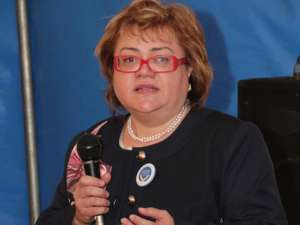 """Margareta Isăilă: """"Fetiţa a fost consultată de un medic de familie din comuna Vicovu de Jos, fiind diagnosticată cu insuficienţă cronică respiratorie"""""""