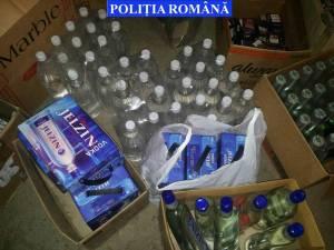 Aproape 2000 de litri de alcool au fost depistaţi de poliţişti în urma percheziţiilor
