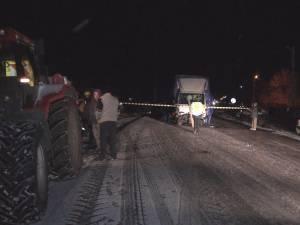 Accident cu trei răniţi, marţi noapte, pe carosabilul acoperit cu zăpadă şi gheaţă