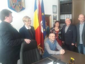 """Delegaţie polonă la Colegiul Tehnic """"Alexandru Ioan Cuza"""" Suceava"""