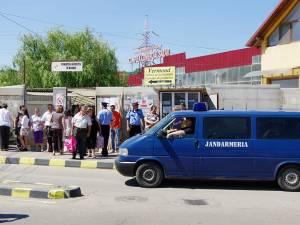 Inspectorii ANAF au cerut pe 7 iunie 2015 ajutor forţelor de ordine, care i-au evacuat din Bazar