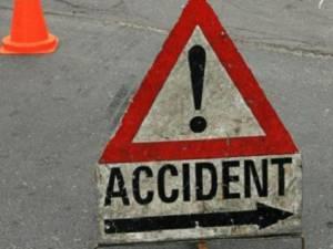 Femeie accidentată de un şofer beat care a trecut pe culoarea roşie a semaforului