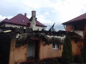 Incendiu într-o gospodărie din Câmpulung Moldovenesc
