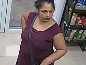 Femeie suspectă de furtul unui pachet Orange din benzinărie