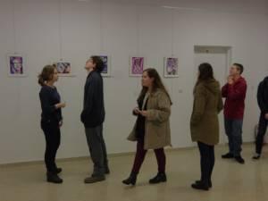 """""""Geometrie în culori"""", expoziție de artă contemporană a artistului plastic Cătălin Alexandru Chifan"""