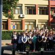 """100 de flori la Şcoala Gimnazială """"Bogdan Vodă"""" Rădăuţi pentru 100 de ani de la Marea Unire"""