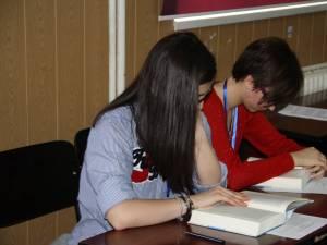 Burse de studiu în Marea Britanie pentru elevii claselor a X-a