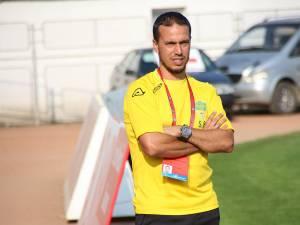Antrenorul Selim Benachour şi-a urmărit în direct adversarii de sâmbătă