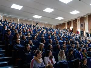 Agenția Universitară a Francofoniei a donat 10.000 de euro Universității din Suceava pentru achiziția de tablete pentru studenți
