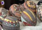 Ouăle închistrite de femeile huţule, apreciate de sute de oameni, la Moldoviţa